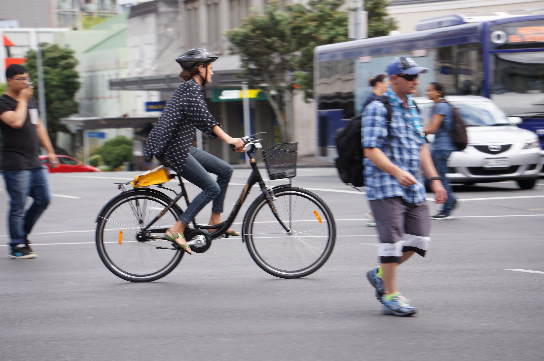 6 Dicas para pedalar na cidade