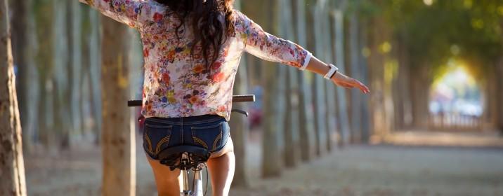 Andar de bicicleta: sozinho ou em grupo?