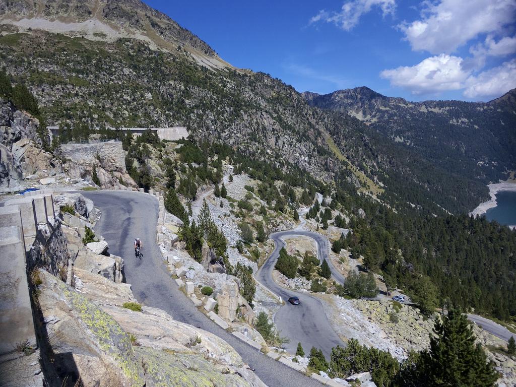 6 Locais espalhados pela Europa onde vai querer pedalar