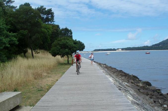 Passear de bicicleta em Caminha